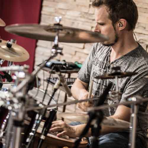 Session drummer playing Baio, a Brazilian groove on drums