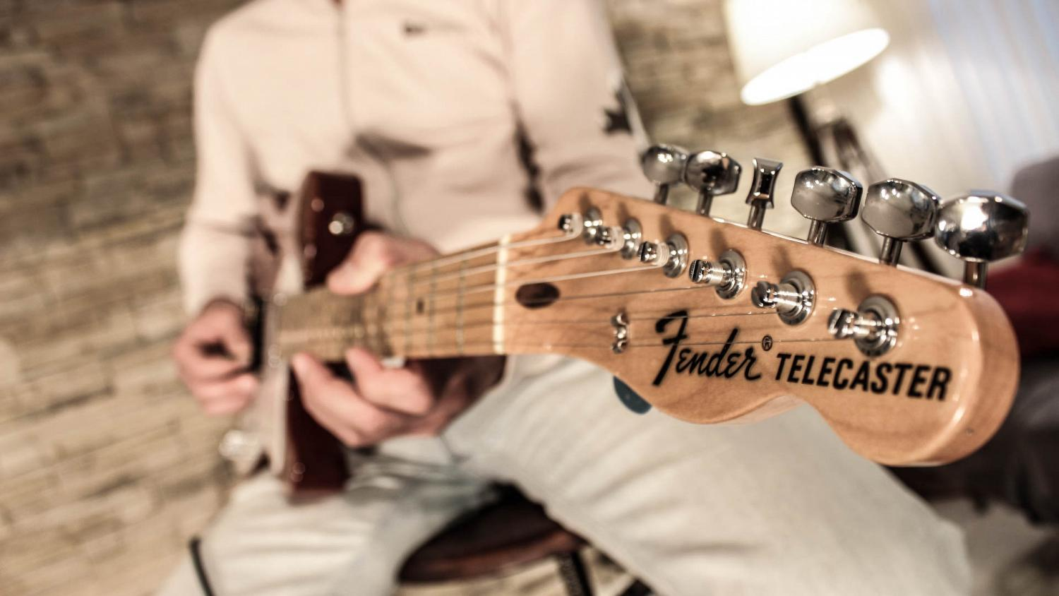 Electric guitar Fender Telecaster, one of the guitars used to record custom guitar tracks at GoranGrooves